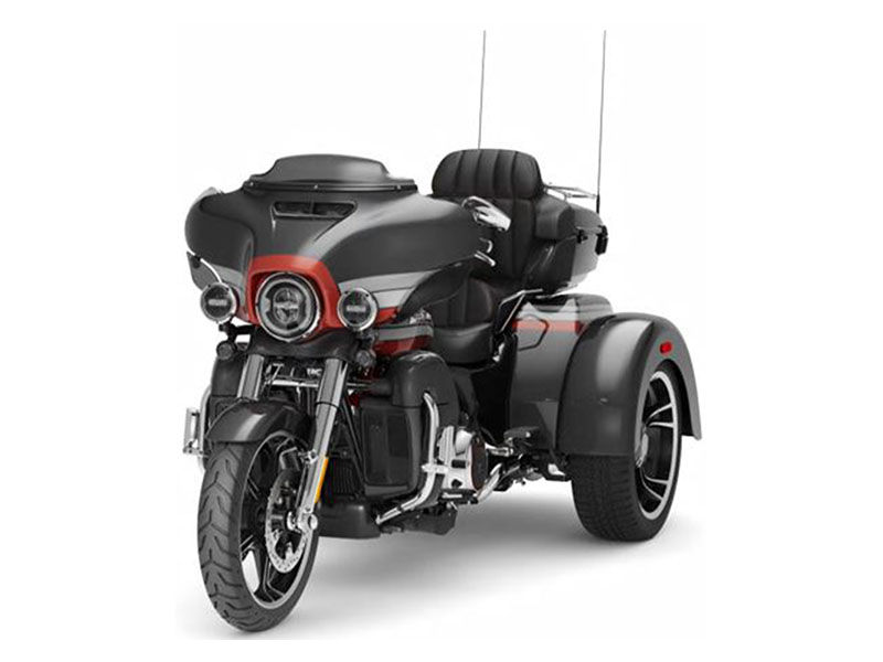 2020 Harley-Davidson CVO™ Tri Glide® in Roanoke, Virginia - Photo 4