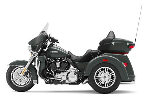 2020 Harley-Davidson Tri Glide® Ultra in Sheboygan, Wisconsin - Photo 2