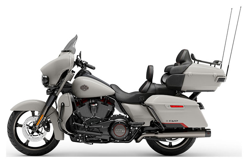 2020 Harley-Davidson CVO™ Limited in Augusta, Maine - Photo 2