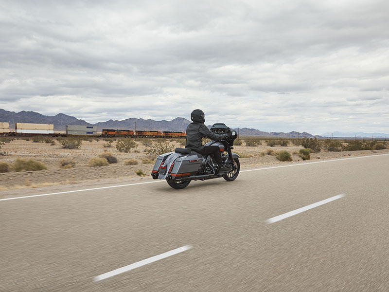 2020 Harley-Davidson CVO™ Street Glide® in Orlando, Florida - Photo 10
