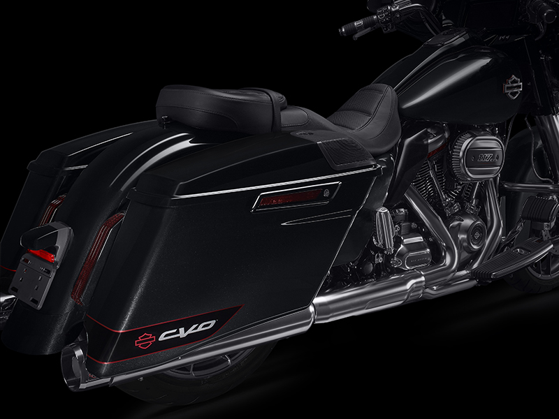 2020 Harley-Davidson CVO™ Street Glide® in Pittsfield, Massachusetts - Photo 10