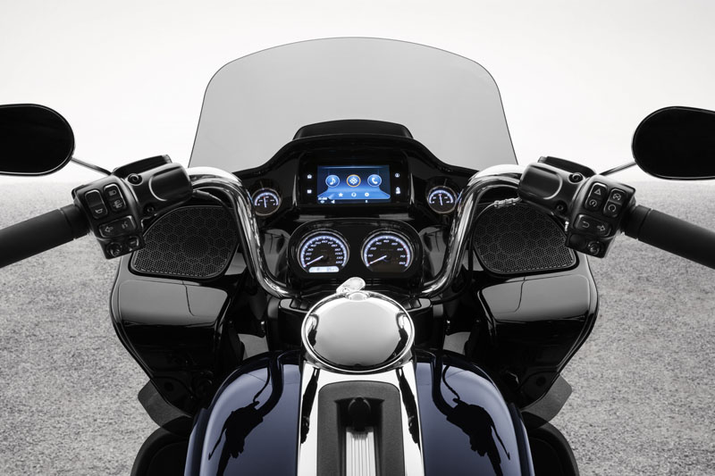 2020 Harley-Davidson Road Glide® Limited in Chippewa Falls, Wisconsin - Photo 20