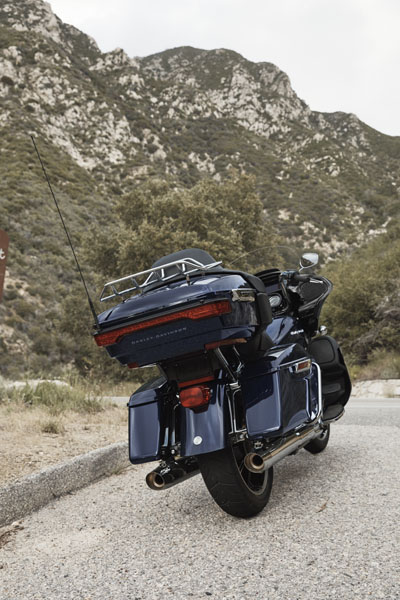 2020 Harley-Davidson Road Glide® Limited in Grand Forks, North Dakota - Photo 8