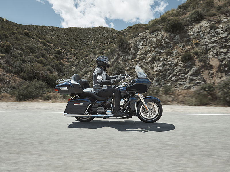 2020 Harley-Davidson Road Glide® Limited in Faribault, Minnesota - Photo 34
