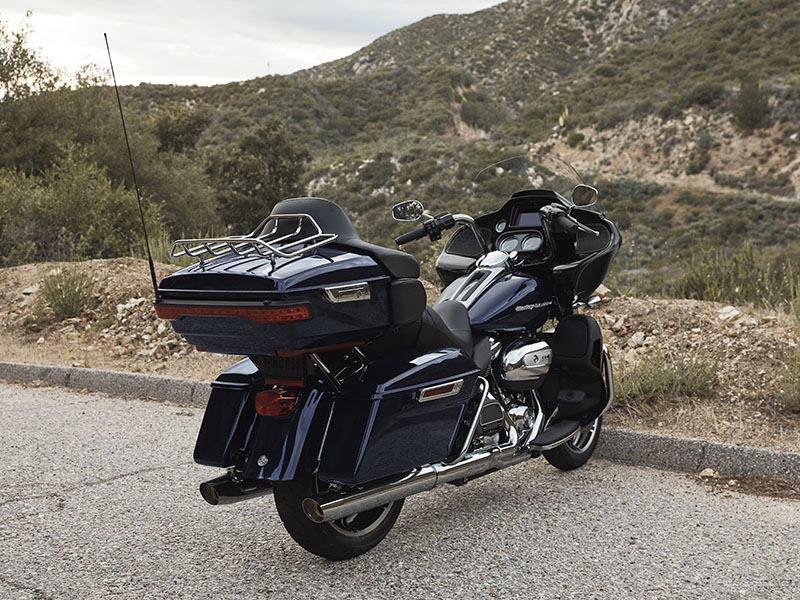 2020 Harley-Davidson Road Glide® Limited in Augusta, Maine - Photo 9