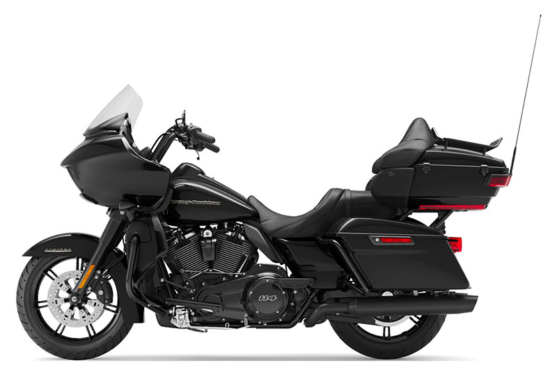 2020 Harley-Davidson Road Glide® Limited in Wintersville, Ohio - Photo 2