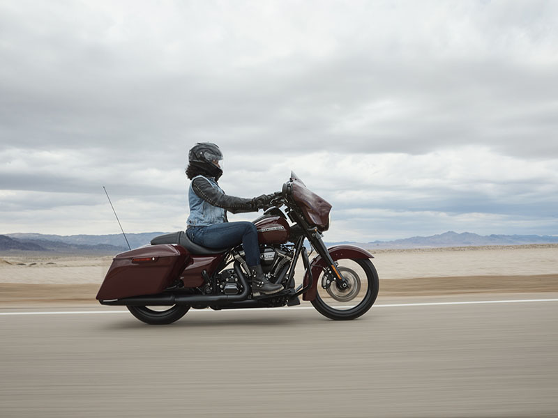 2020 Harley-Davidson Road Glide® Special in Beaver Dam, Wisconsin - Photo 10