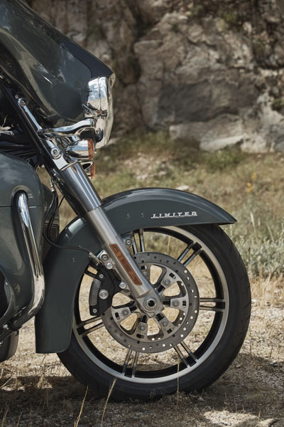 2020 Harley-Davidson Ultra Limited in Vacaville, California - Photo 6