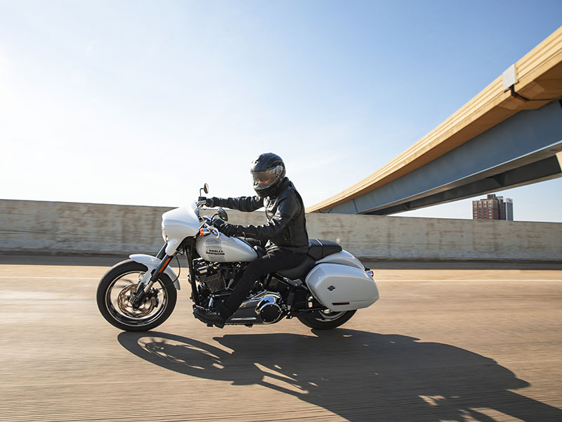 2021 Harley-Davidson Sport Glide® in Augusta, Maine - Photo 9