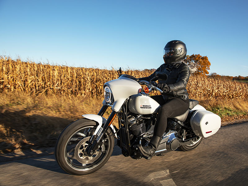 2021 Harley-Davidson Sport Glide® in Augusta, Maine - Photo 11