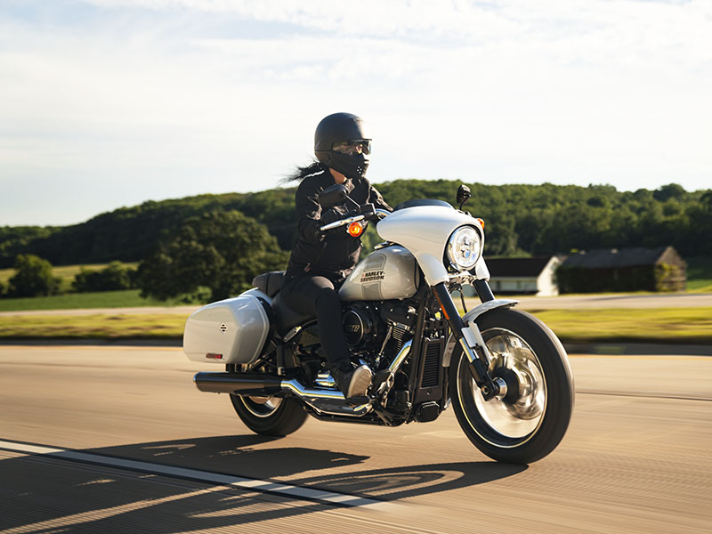 2021 Harley-Davidson Sport Glide® in Augusta, Maine - Photo 17