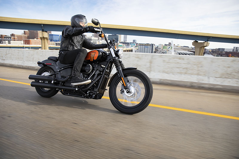 2021 Harley-Davidson Street Bob® 114 in Cedar Rapids, Iowa - Photo 7