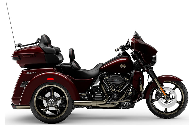 2021 Harley-Davidson CVO™ Tri Glide® in South Charleston, West Virginia - Photo 1