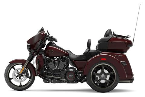 2021 Harley-Davidson CVO™ Tri Glide® in Rock Falls, Illinois - Photo 2