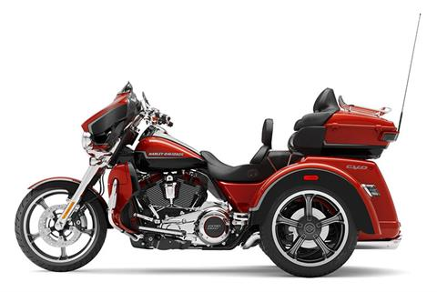 2021 Harley-Davidson CVO™ Tri Glide® in Coralville, Iowa - Photo 2