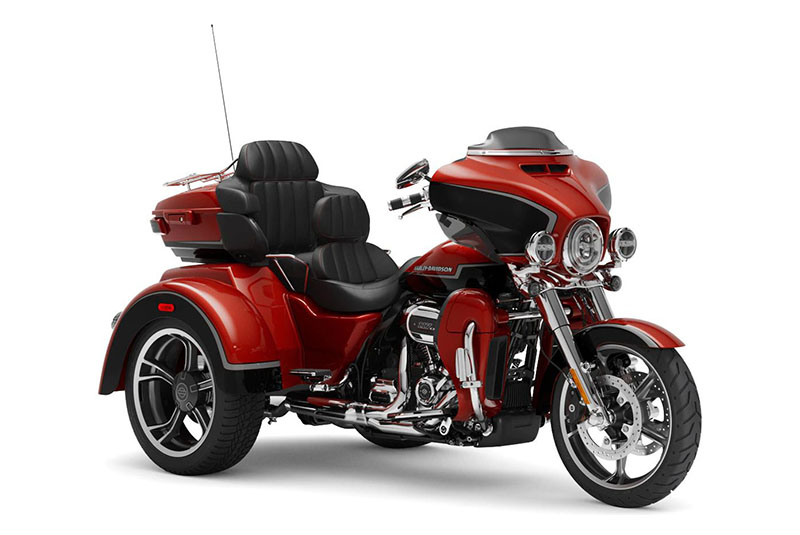 2021 Harley-Davidson CVO™ Tri Glide® in Lynchburg, Virginia - Photo 3