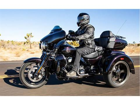2021 Harley-Davidson CVO™ Tri Glide® in Vacaville, California - Photo 26