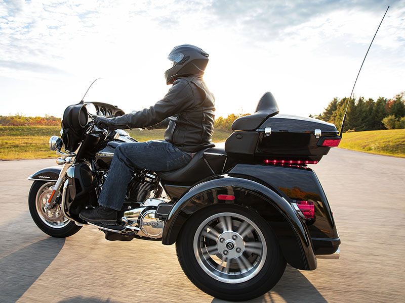 2021 Harley-Davidson Tri Glide® Ultra in Cedar Rapids, Iowa - Photo 7
