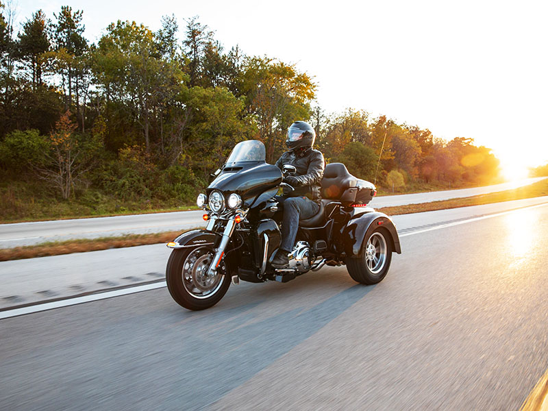 2021 Harley-Davidson Tri Glide® Ultra in Portage, Michigan - Photo 9