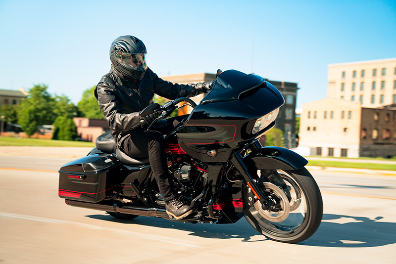 2021 Harley-Davidson CVO™ Road Glide® in Dubuque, Iowa - Photo 7
