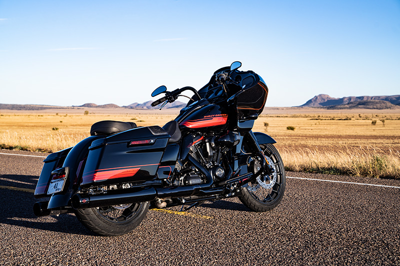 2021 Harley-Davidson CVO™ Road Glide® in Ukiah, California - Photo 12
