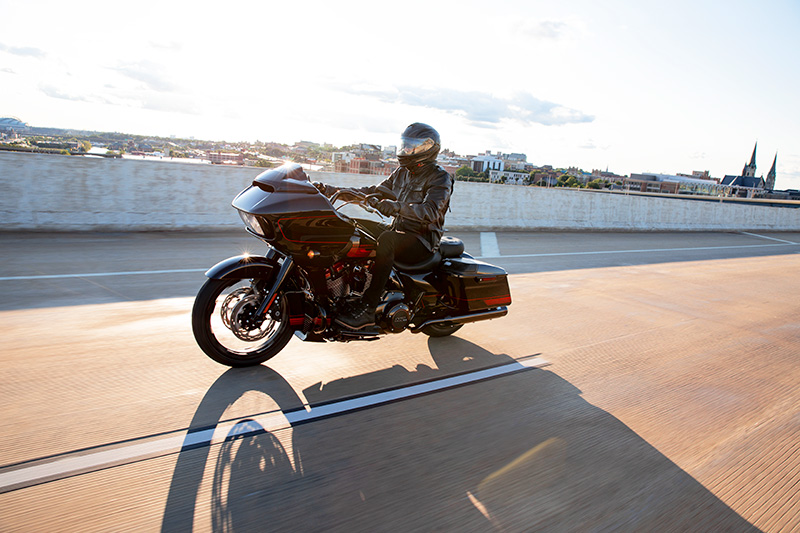 2021 Harley-Davidson CVO™ Road Glide® in Augusta, Maine - Photo 18