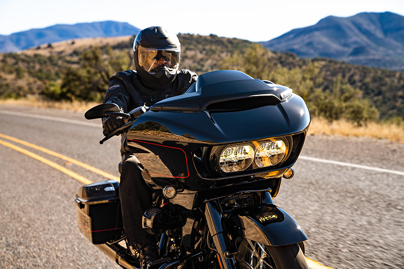 2021 Harley-Davidson CVO™ Road Glide® in Ukiah, California - Photo 19