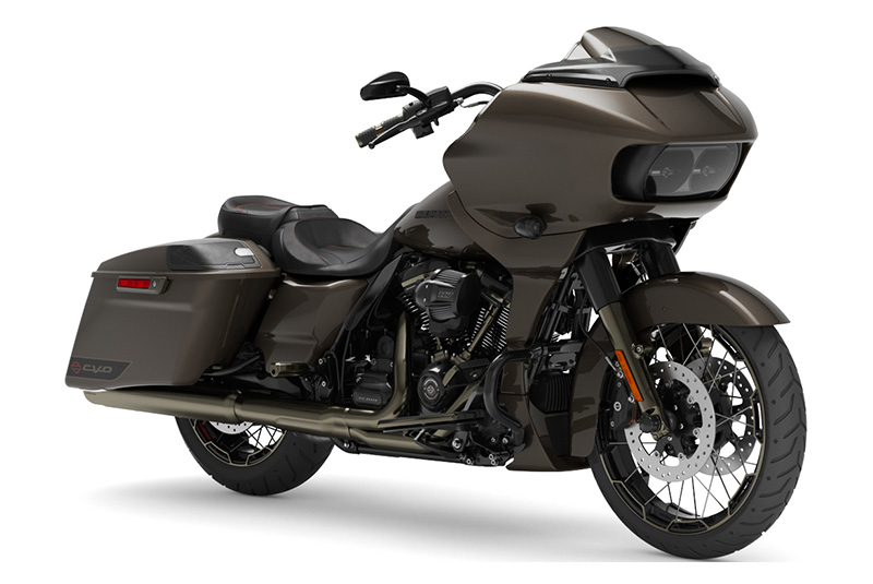 2021 Harley-Davidson CVO™ Road Glide® in Augusta, Maine - Photo 3