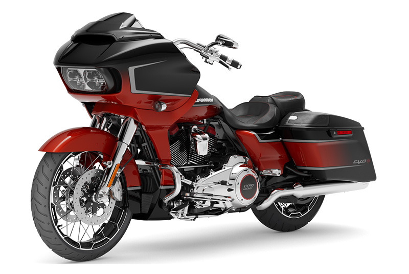 2021 Harley-Davidson CVO™ Road Glide® in Augusta, Maine - Photo 4