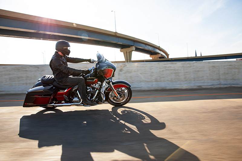 2021 Harley-Davidson CVO™ Street Glide® in Dumfries, Virginia - Photo 17