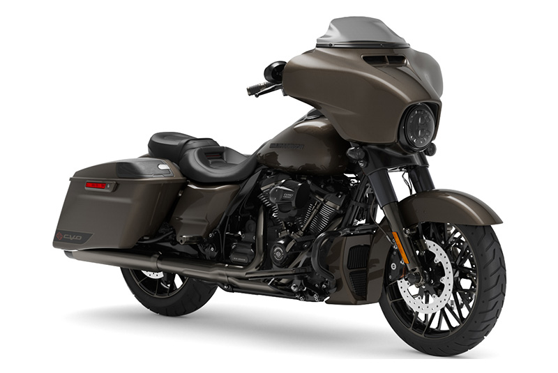 2021 Harley-Davidson CVO™ Street Glide® in Chippewa Falls, Wisconsin - Photo 3