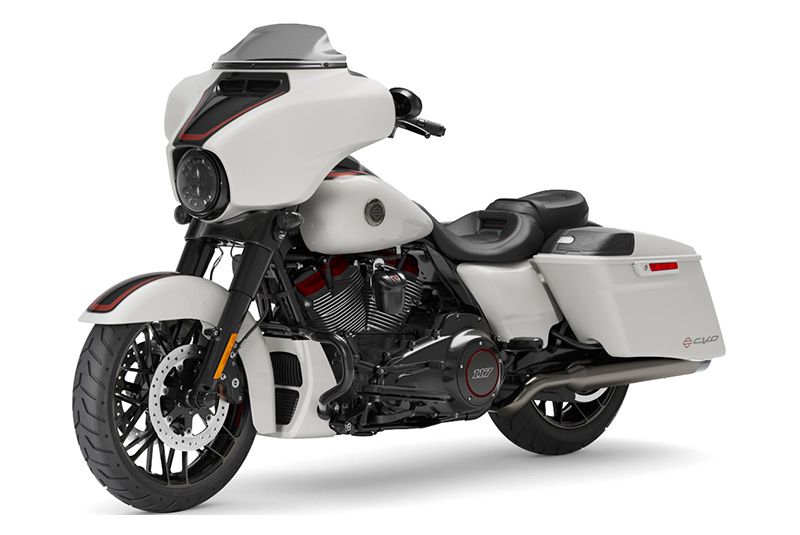 2021 Harley-Davidson CVO™ Street Glide® in Lafayette, Indiana - Photo 4