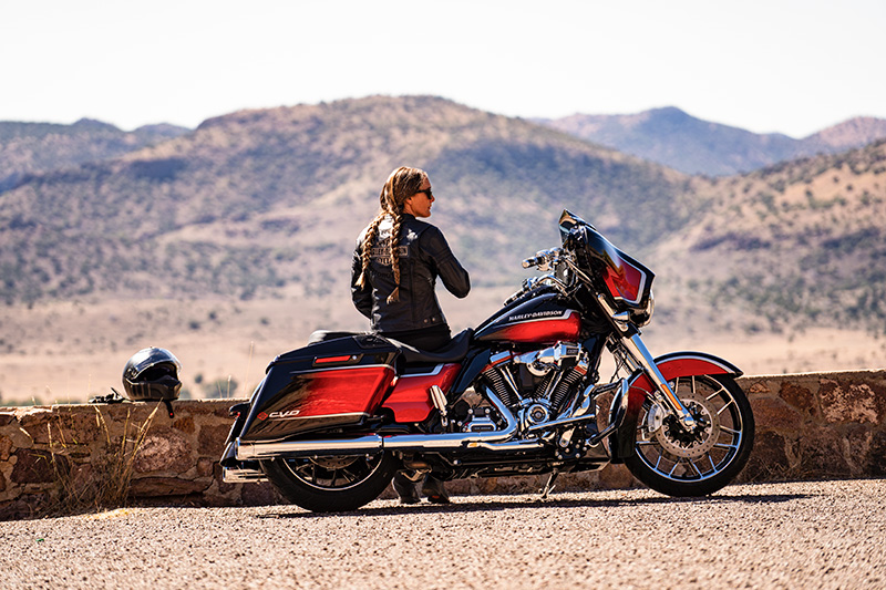 2021 Harley-Davidson CVO™ Street Glide® in Green River, Wyoming - Photo 14