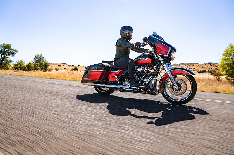 2021 Harley-Davidson CVO™ Street Glide® in Green River, Wyoming - Photo 20