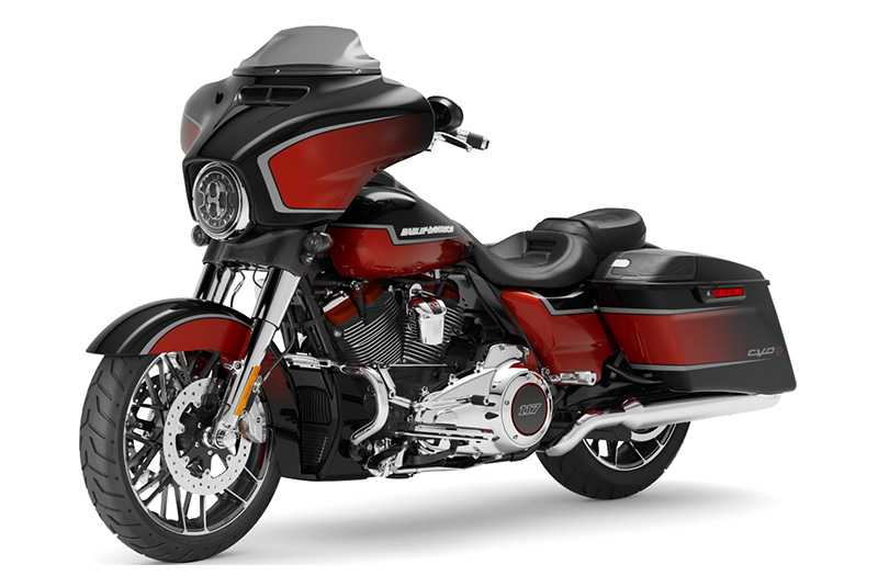 2021 Harley-Davidson CVO™ Street Glide® in Athens, Ohio - Photo 4