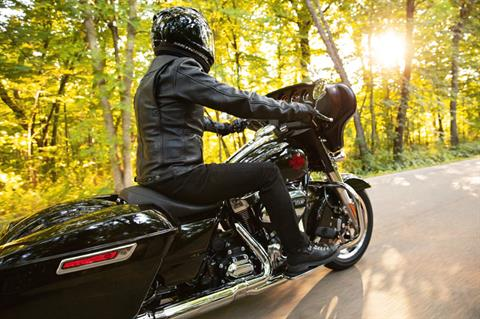 2021 Harley-Davidson Electra Glide® Standard in Kingwood, Texas - Photo 8
