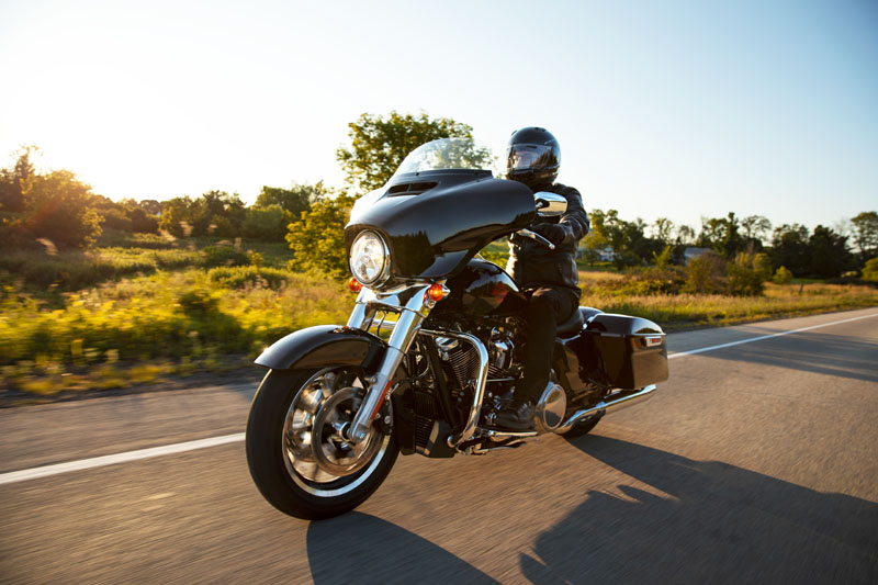 2021 Harley-Davidson Electra Glide® Standard in Augusta, Maine - Photo 10