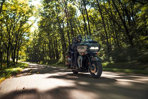 2021 Harley-Davidson Road Glide® Limited in New York Mills, New York - Photo 8