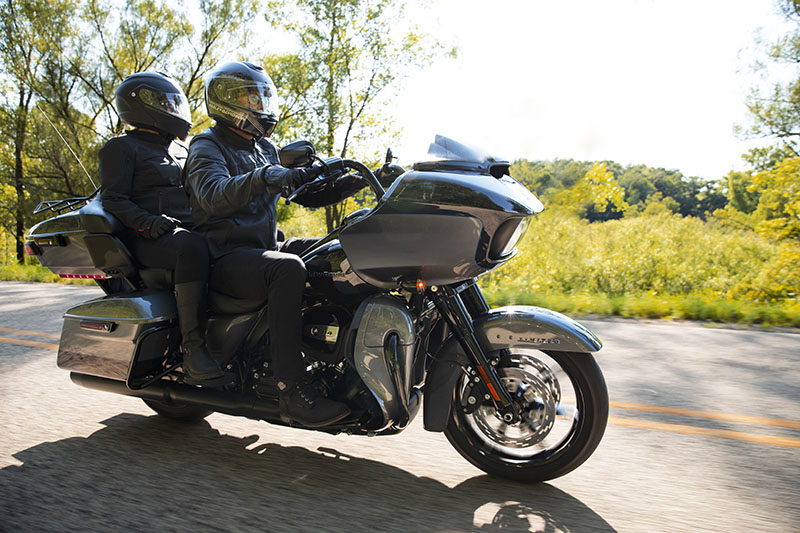 2021 Harley-Davidson Road Glide® Limited in New York Mills, New York - Photo 10