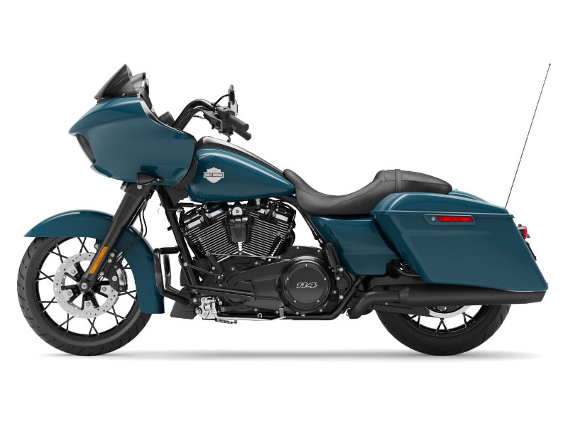 2021 Harley-Davidson Road Glide® Special in Fremont, Michigan - Photo 2