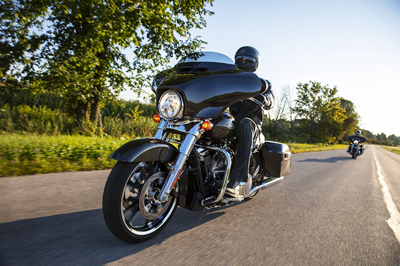 2021 Harley-Davidson Street Glide® in Albert Lea, Minnesota - Photo 11