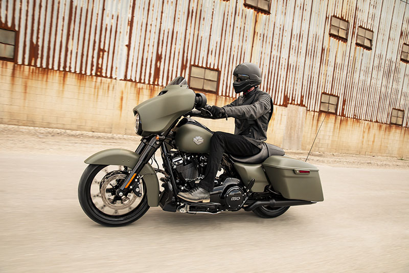 2021 Harley-Davidson Street Glide® Special in Green River, Wyoming - Photo 9