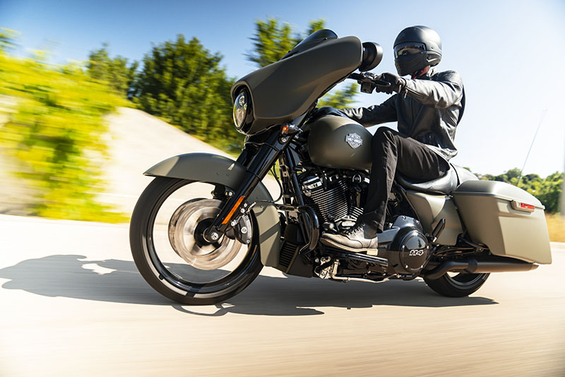 2021 Harley-Davidson Street Glide® Special in Pittsfield, Massachusetts - Photo 12