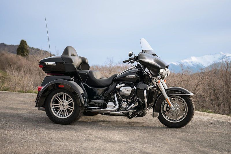 2018 Harley-Davidson Tri Glide® Ultra in Osceola, Iowa - Photo 9