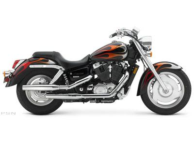 2005 Honda Shadow Sabre™ 1100 in Elkhart, Indiana - Photo 2