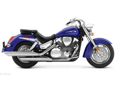 2006 Honda VTX™1300R in Shelby, North Carolina
