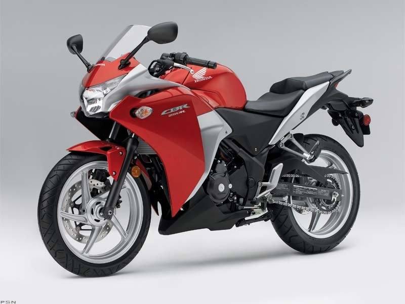 2011 Honda CBR®250R in Kingsport, Tennessee