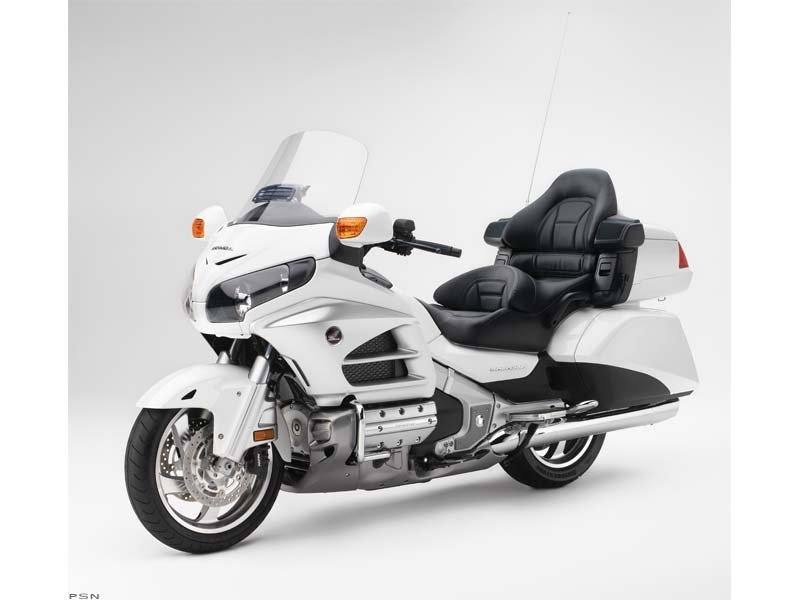 2012 Honda Gold Wing® ABS in Sarasota, Florida - Photo 41