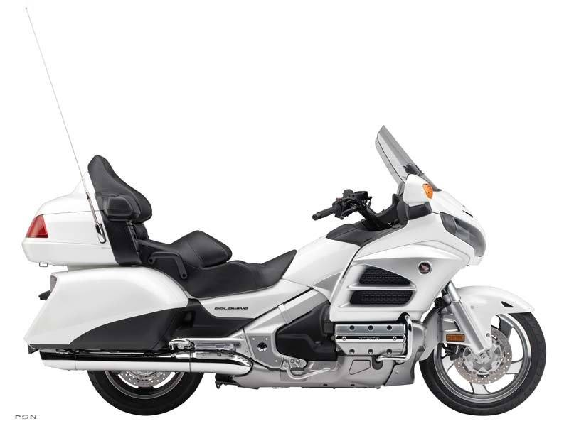 2012 Honda Gold Wing® Audio Comfort in Aurora, Illinois - Photo 3