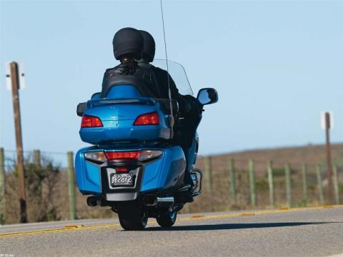 2012 Honda Gold Wing® Audio Comfort in Aurora, Illinois - Photo 5